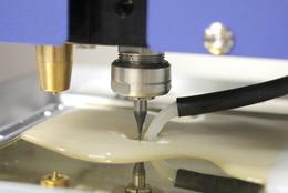 Outil pour métal, acrylic, bois, cire, machine de gravage Magic F300 Vision-Technologies.fr
